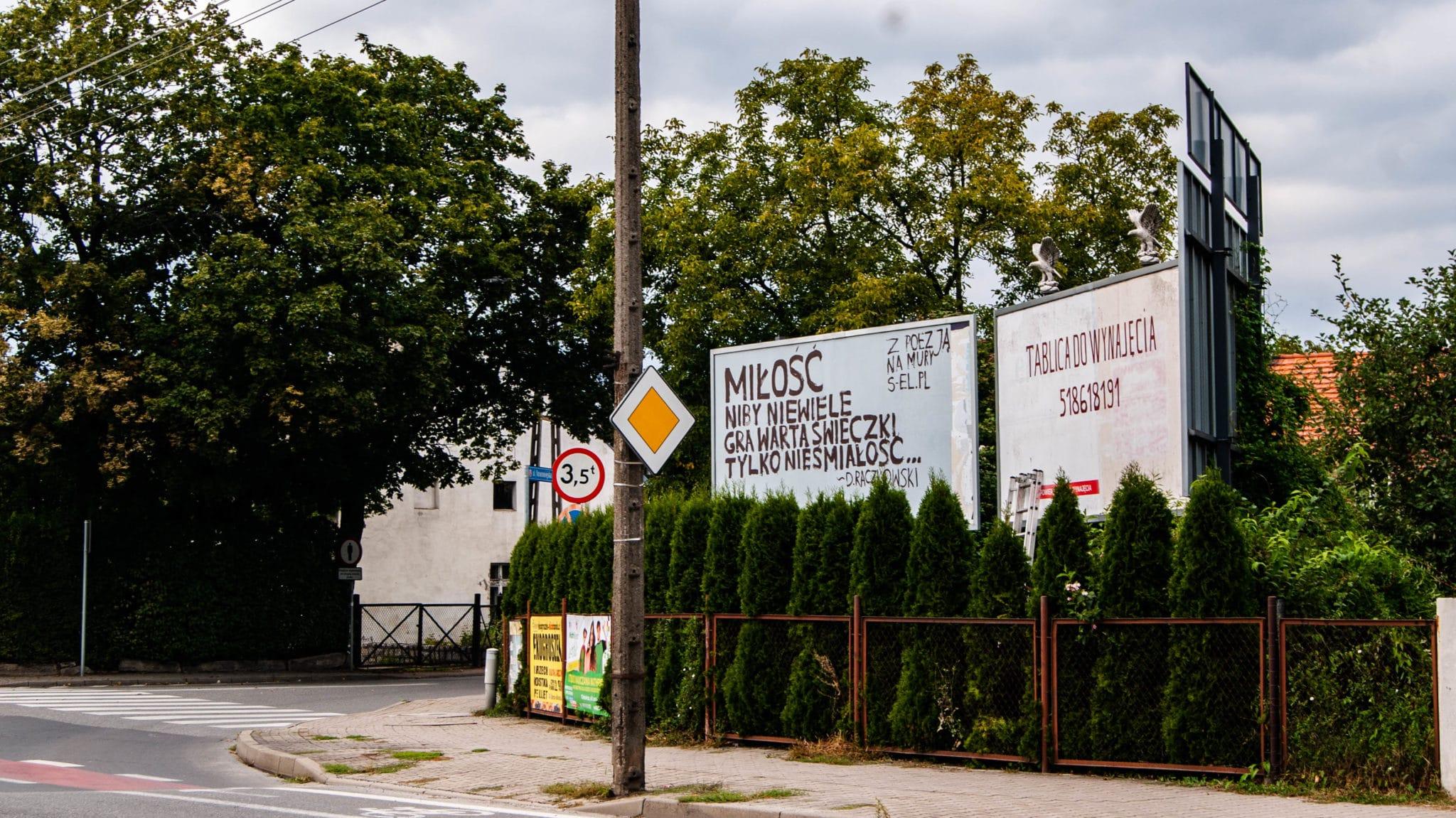 Z poezją na mury – rusza wystawa